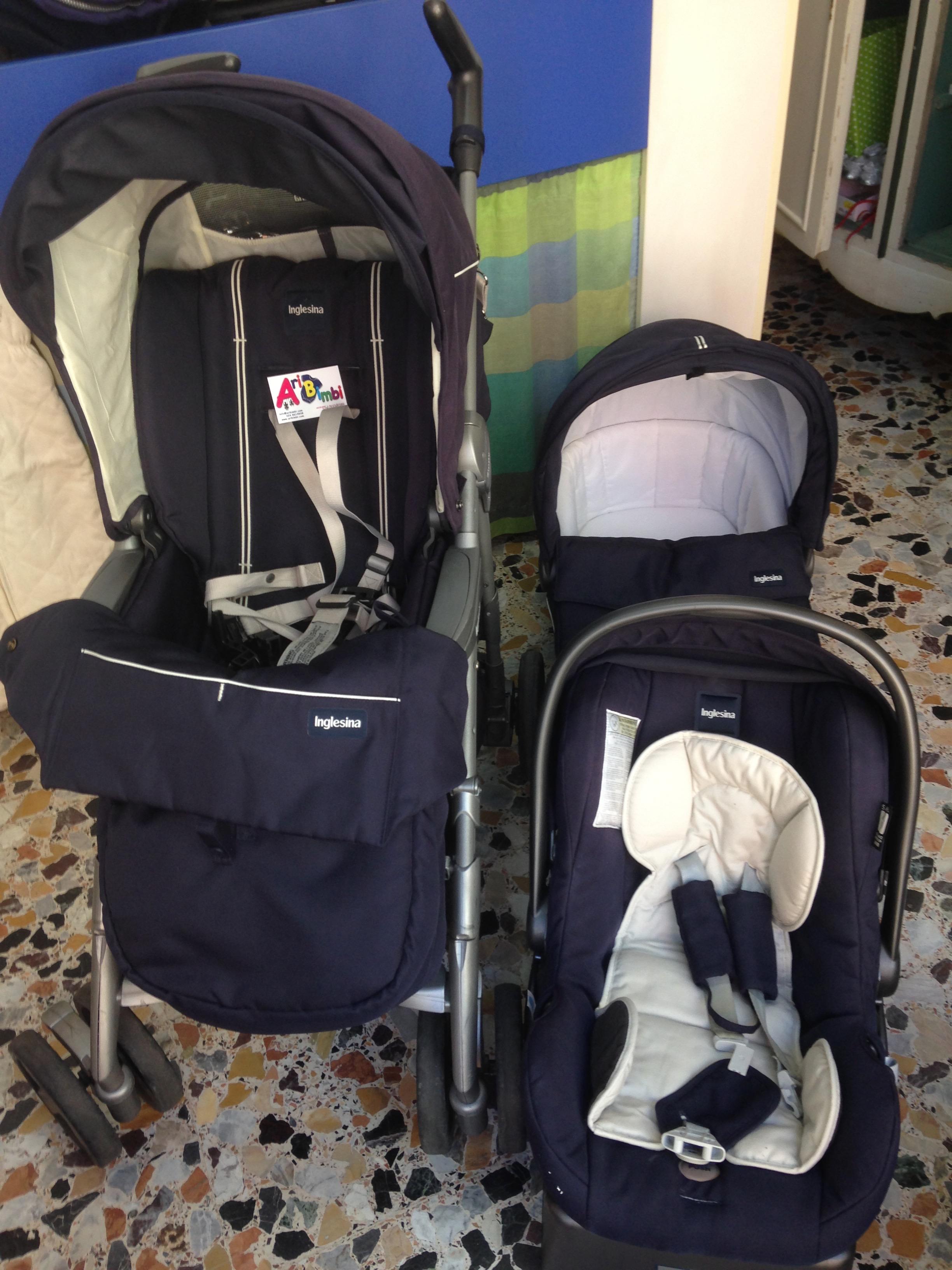 Borsa Passeggino Armani Blu Usato Firmato in vendita a Baby